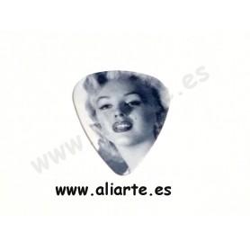 Púa Marilyn