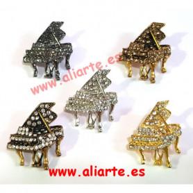 Broche circonitas  Piano