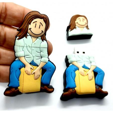 Pen USB en forma de persona tocando Caja