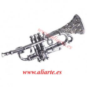 Trompeta broche circonita