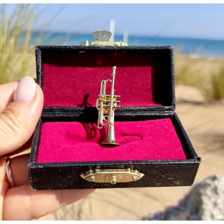 Pin Trompeta